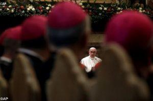 Papa indica 12 passos para a reforma da Cúria Romana