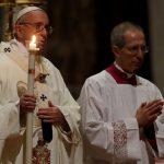"""Papa adverte consagrados sobre """"tentação da sobrevivência???"""