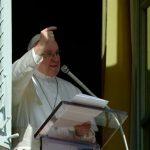Papa Francisco: Deus nunca decepciona e quem se agarra a Ele não cai