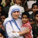 Hábito de Madre Teresa vira marca registrada para evitar uso impróprio