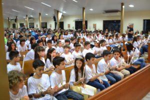 Catedral de Palmas concede sacramento da Comunhão à 83 crianças