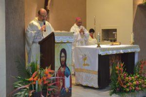 Missa de Natal passa mensagem de amor na Catedral
