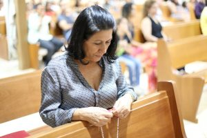 Catedral envia 35 mulheres para encontro Nacional de Mães que Oram pelos Filhos