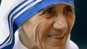 Madre Teresa de Calcutá: servir Cristo nos mais pobres entre os pobres