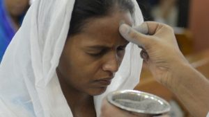 Quarta-feira de Cinzas: Papa preside procissão penitencial