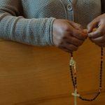 Mães em todo o Brasil se reúnem para orar pelos filhos e estão renovando famílias