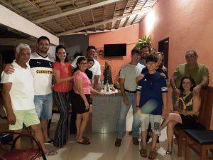 Um dos encontros realizados na casa de famílias de fora da Pastoral/ Foto: Pastoral familiar