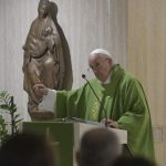 A compaixão é a linguagem de Deus e nos salva da indiferença, afirma o Papa