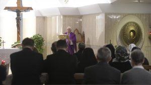 Papa Francisco: o Senhor perdoa os nossos pecados com ternura