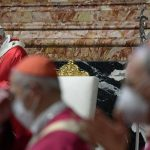 O Papa: recordamos, com gratidão, o testemunho dos cardeais e bispos falecidos