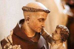 A Novena das 3 Ave-Marias de Santo Antônio de Pádua